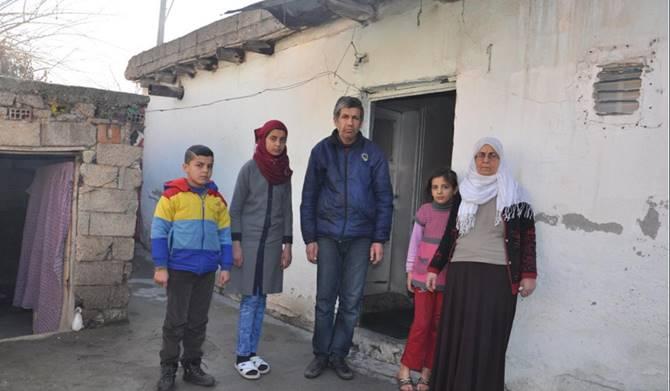 Photo of Suriyeli Aile Yardım Bekliyor